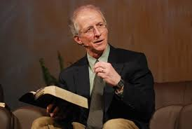 John-Piper-Romans-5-8-reciting-from-memory
